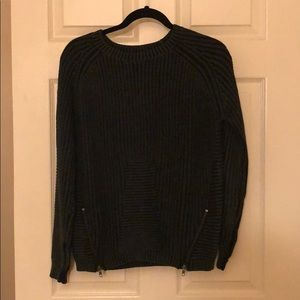 Olive & Oak knit sweater XS navy with side zippers